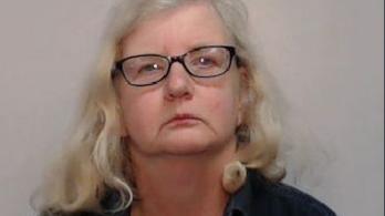 Megölte az apját, miután megtalálta nála a saját gyerekkori pornóképeit