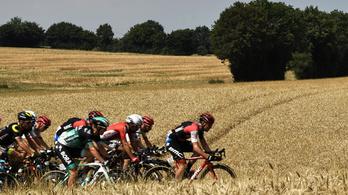 A Tour leghosszabb szakaszán bónusszal duplázta előnyét a sárga trikós
