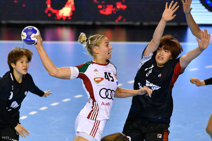 Az elődöntő legeredményesebb magyar játékosa, Háfra Noémi a Dél-Korea elleni mérkőzésen