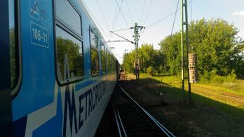 Egymással szemben álló vonatok miatt óriási késések a Vác-Budapest vonalon