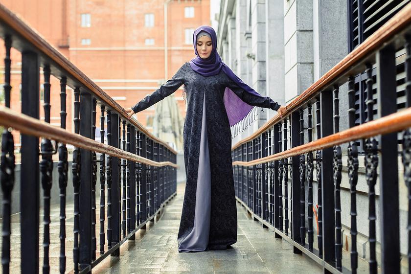 Így öltöznek a nők Dubaiban - A csador alatt gyönyörű nőket láthatunk