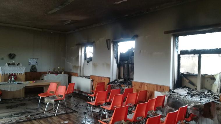 Felgyújtottak a romák imaházát és óvodáját Kárpátalján
