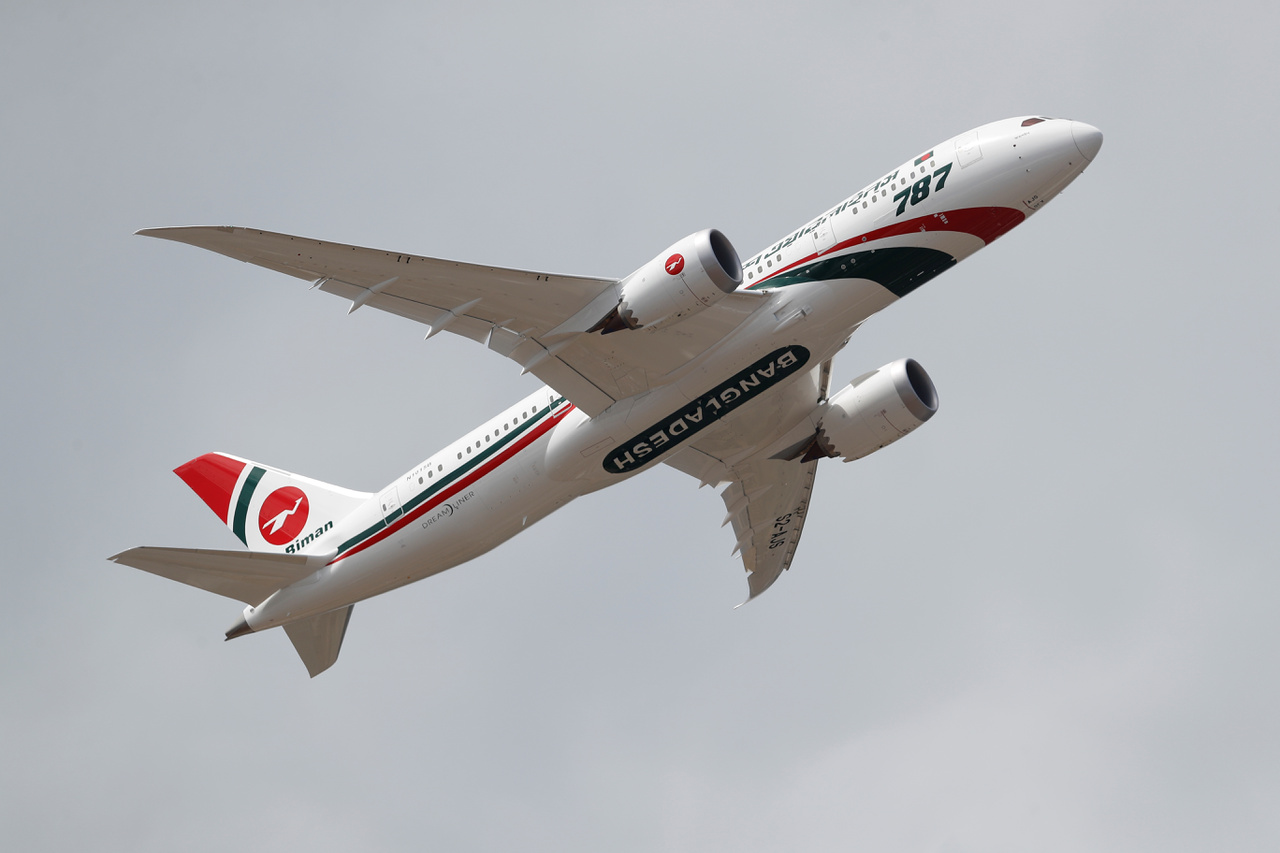 Levegőben a Boeing 787.