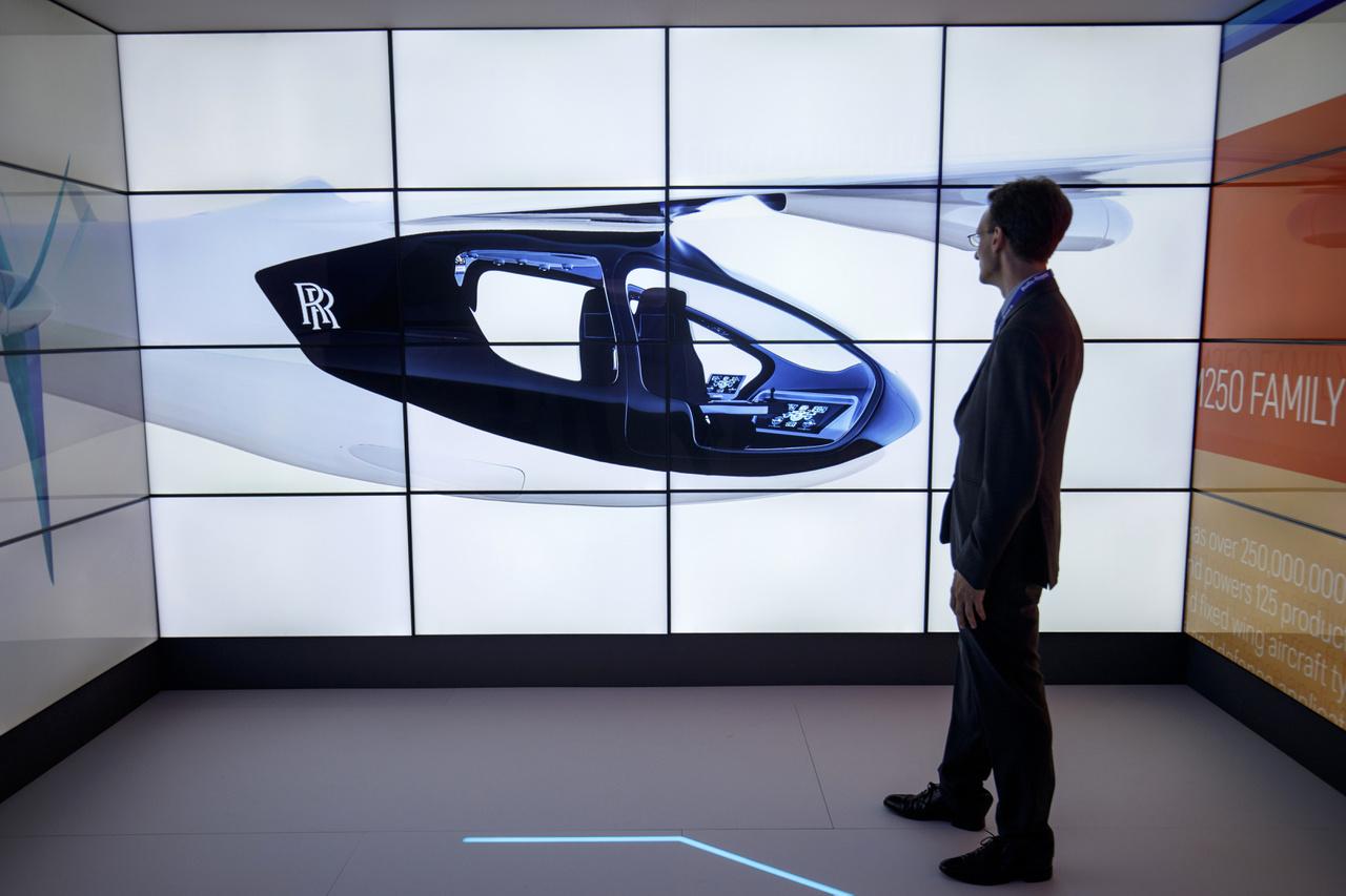 A Rolls-Royce bemutatta helyből felszálló, hibrid hajtású légitaxi-koncepcióját.
