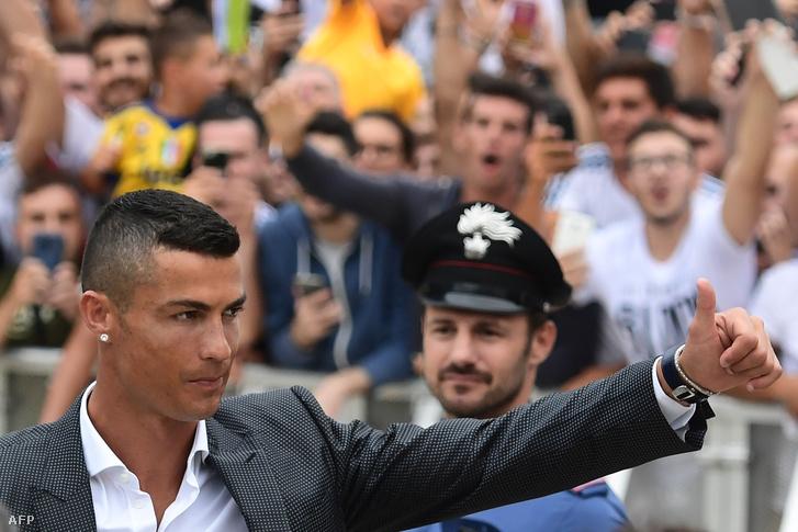 Ronaldo Torinóban július 16-án