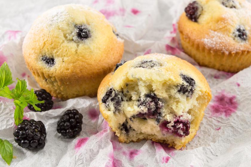 Bögrés, vaníliás, szedres muffin: 30 perc, és kész