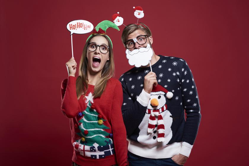 Karácsonyi csúnya pulcsik: díjnyertes ruhadarabokat mutatunk a szekrény mélyéről
