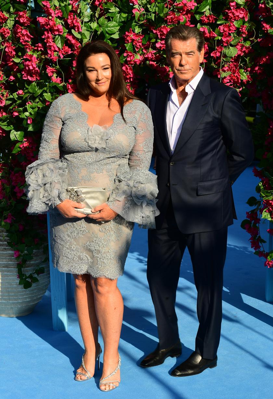 Pierce Brosnan és Keeley Shaye Smith a premier legszebb sztárpárja voltak.