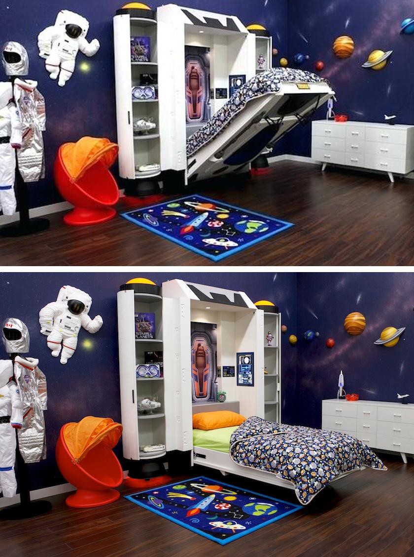 Ez a lenyíló űrhajóágy és az asztronauták a falon valóságos űrutazássá teszik a pihenést.