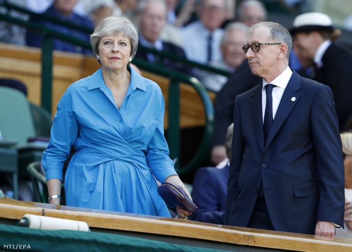 Theresa May brit miniszterelnök és férje Philip May