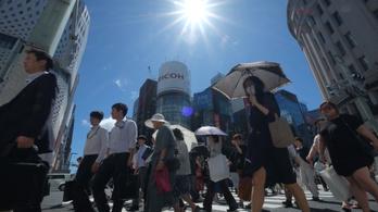 Japánban tízezerrel tombol a nyár