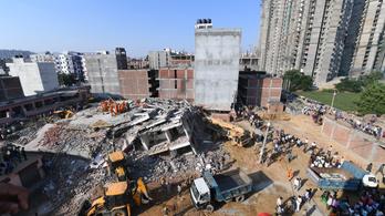 Négyemeletes szomszédjára omlott egy épülő ötemeletes ház Indiában