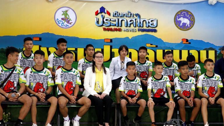 Először szólaltak meg a barlangból kimentett thai gyerekek