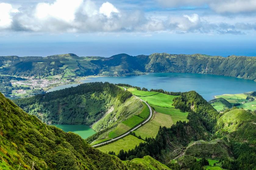 Hawaii Európa szélén: zabolázatlan természet és meleg források várnak az Azori-szigeteken