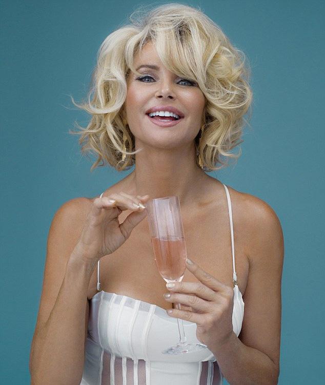 Kész Marilyn ezeken a felvételeken.