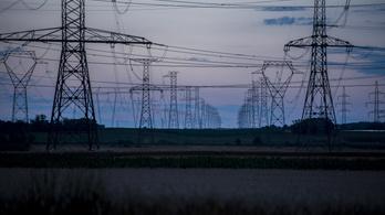 Az Európai Bizottság bepereli Magyarországot az energiacégek szívatása miatt