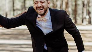 Ezt a vőlegényt nagyon váratlan és nagyon vicces meglepetés érte az esküvői fotózásán