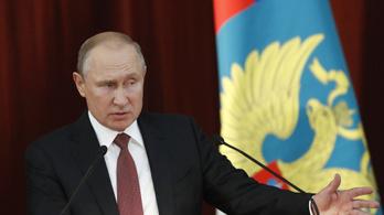 Putyin kiosztotta Trump bírálóit