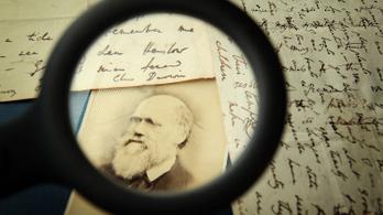 Darwin nemcsak felfedezte az új fajokat, hanem meg is ette őket