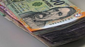 327 ezer forint az átlagos bruttó fizetés