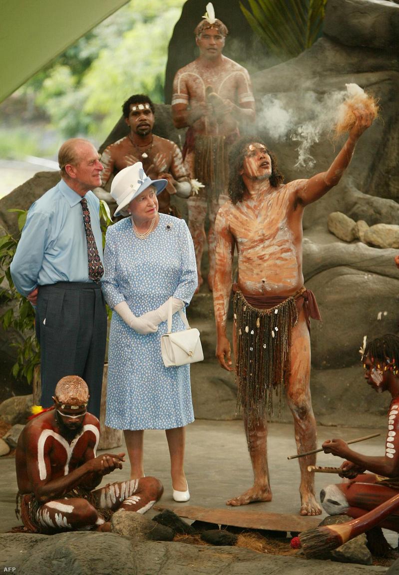 A Nemzetközösség most 53 tagállama közül az Egyesült Királyságon kívül tizenötnek ma is II. Erzsébet királynő az alkotmányosan elismert államfője, köztük Kanadának és Ausztráliának is. 2002-ben, uralkodása arany jubileumán II. Erzsébet körbejárta az országokat.