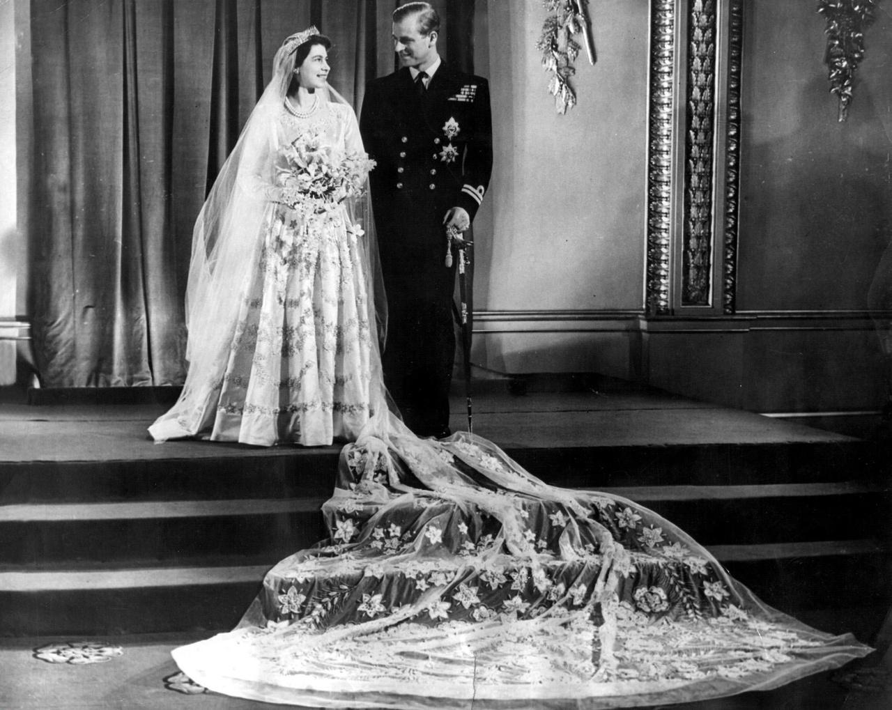 Erzsébet hercegnő és Fülöp herceg esküvőjét a westminsteri apátságban tartották 1947-ben.
