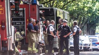 Több ember megsérült egy késelésben egy németországi buszon