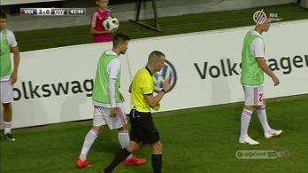 Nem is játszott, így is miatta kapott gólt a Kisvárda