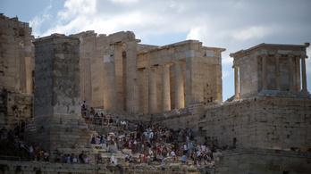 Akkora hőség van Görögországban, hogy az Akropoliszt is bezárták