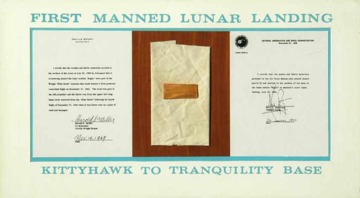 A Wright Flyer darabja, ami 1969-ben megjárta a Holdat