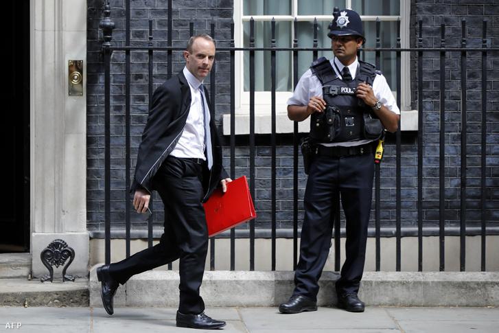 Dominic Raab az új brexitügyi miniszter