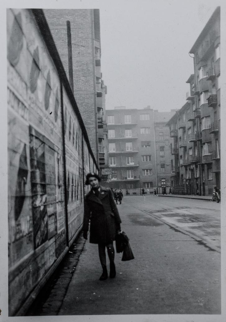 Az iskolás Vera a Felka utcában