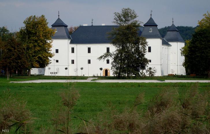 A Nádasdy-Széchenyi várkastély