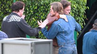 Brad Pitt és Leonardo DiCaprio összeölelkeztek a forgatáson