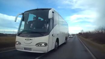 Záróvonalnál előzött a Veronánál balesetező buszos cég vezetője