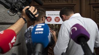 A kormány haladékot kért a Helsinki Bizottságtól a hazugságai elismerésére