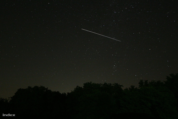 30 másodperces expozíció az ISS áthaladásáról