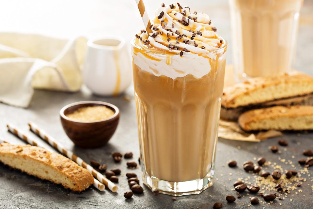 Édes, jeges frappuccino házilag: legalább olyan jó, mint a híres kávézóban