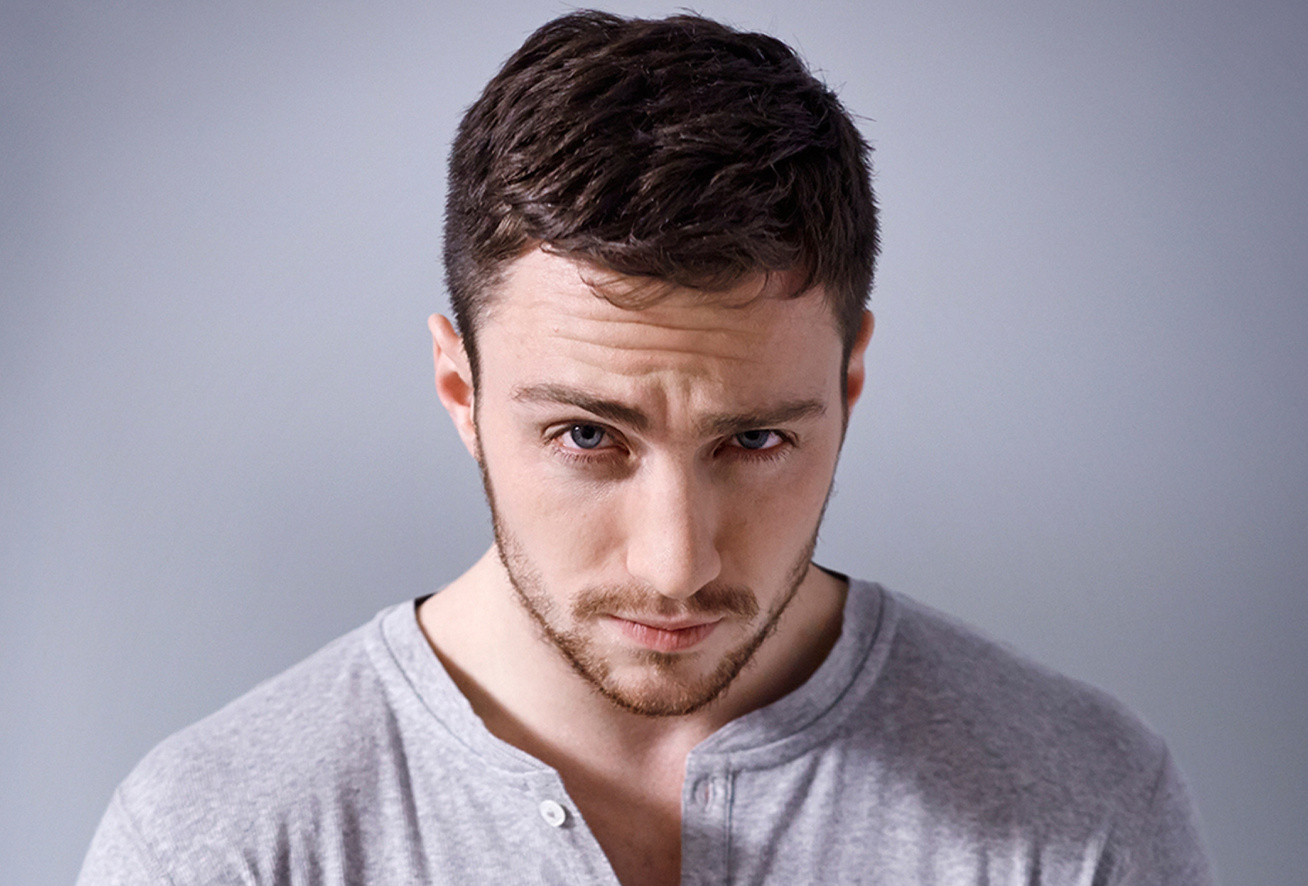 aaron-taylor-johnson-felesege-cover