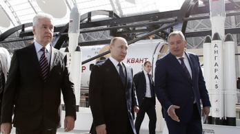 Hazaárulás és csalás miatt hullanak a fejek a Roszkoszmosznál