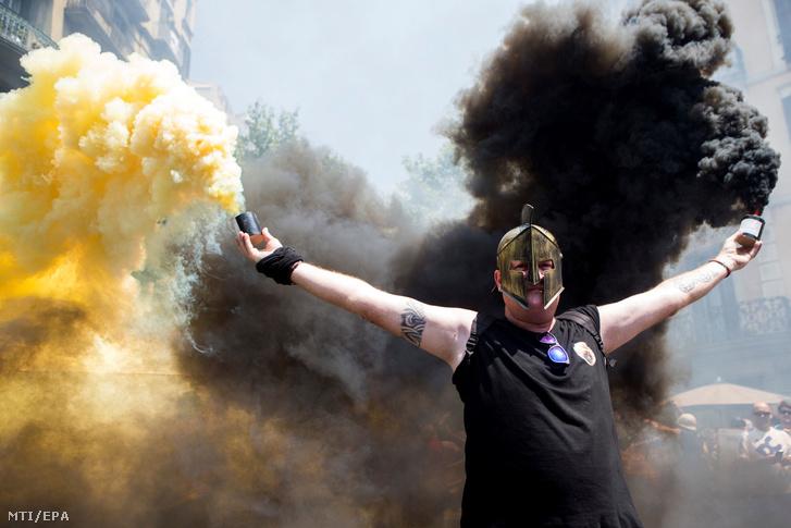 Ha hihetünk az MTI-nek, ez a kép is a taxis tüntetésen készült