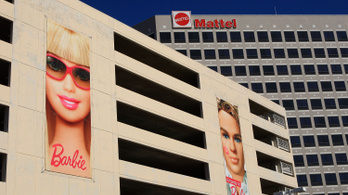 Megválik 2200 dolgozójától a Barbie-cég