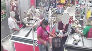 Két pénztárcatolvajt is keres a rendőrség