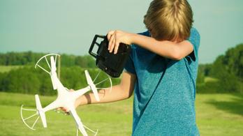 Gyerekek, búcsúzzatok el a drónoktól!