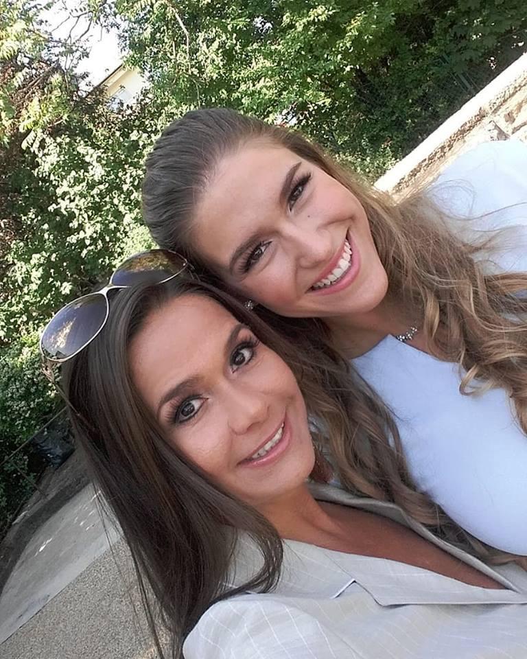 Geszler Dorottya lánya, a 23 éves Laura olyan szép, mint édesanyja. A lányt Madridba sodorta az élet, ám ősztől már Párizsban folytatja tanulmányait.