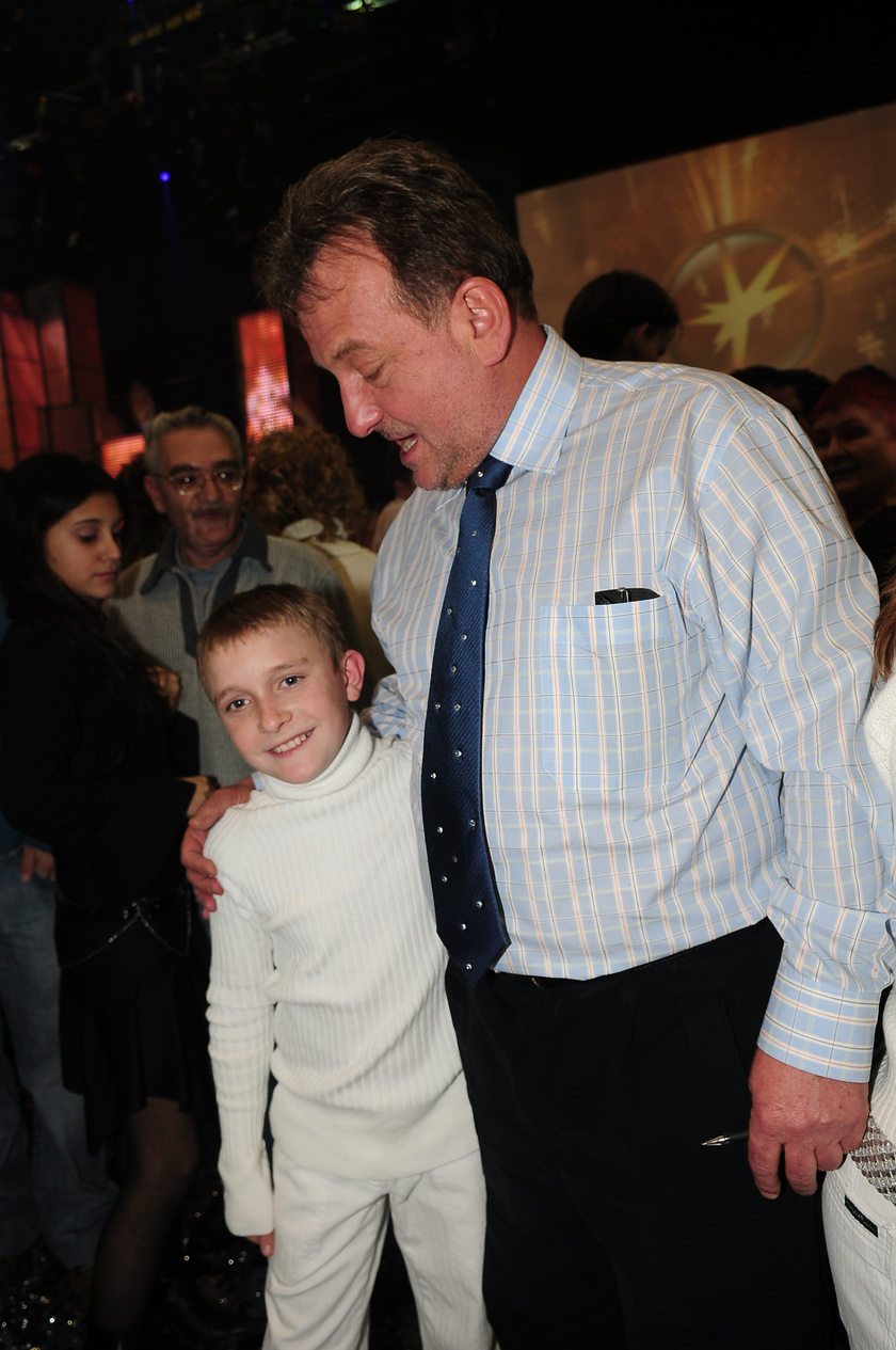 Fábry Sándorra a mai napig felnéz Utasi Árpi, örökké hálás lesz neki. A kép a 2007-es Csillag Születik döntője után készült róluk.