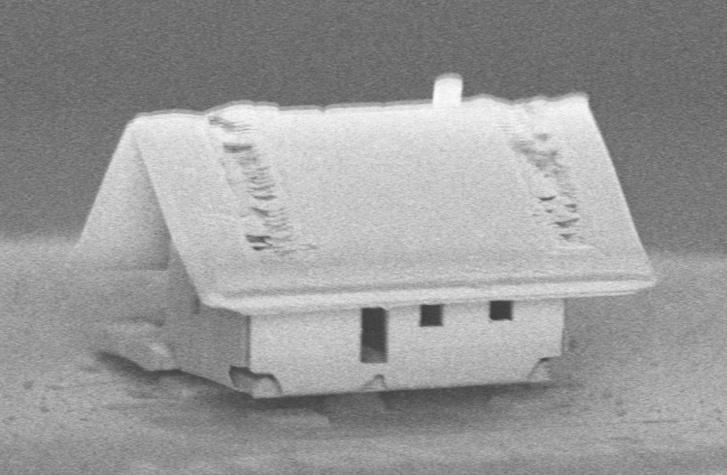 1urobotex-microhouse-1