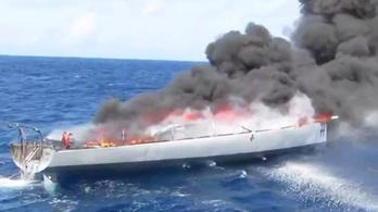 Leégett Fa Nándor egykori hajója, amit drogcsempészek használtak