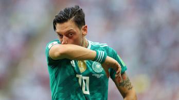 A német futballelnök elismerte, hogy ő is hibázott Özil ügyében