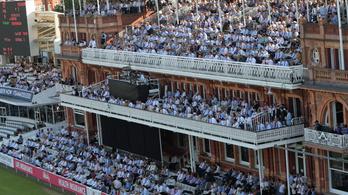Akkora az angliai hőség, hogy megtörnek egy több száz éves kriketthagyományt